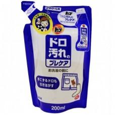Пятновыводитель LION TOP Precare for mud stains для трудновыводимых пятен носков жидкий 200 гр мягкая упаковка